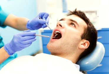Stomatologiczna operacja zębów